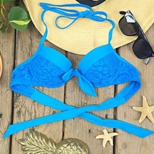 {aerie}Blakely Lightly Padded Crochet Swim Top 32B